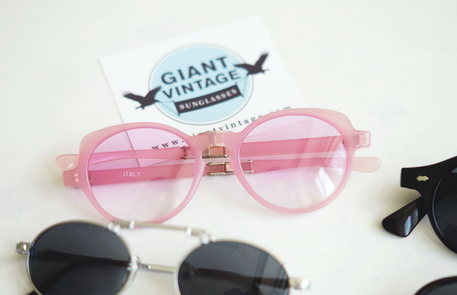 http://www.giantvintage.com/flounce-light-pink.html