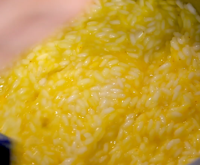saffron in rice