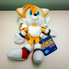 Tails stuffed toy front