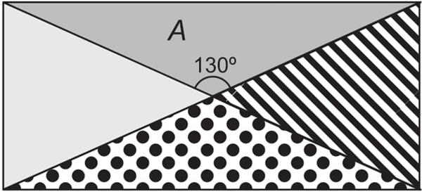 Uma colcha de retalhos, com formato retangular, é feita com quatro recortes triangulares de tecidos, conforme a figura