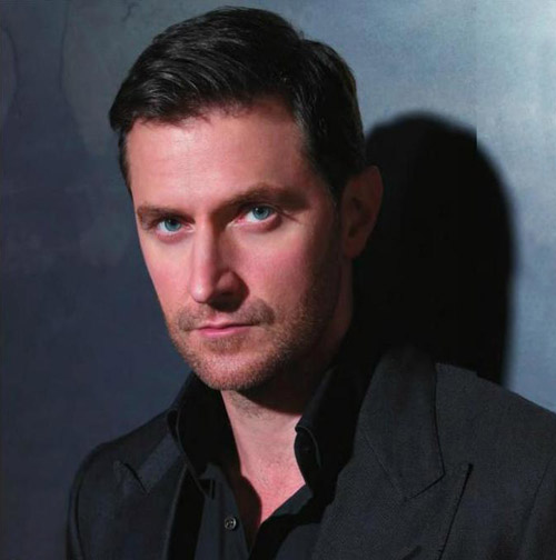 Does Richard Armitage Have a Girlfriend or not?