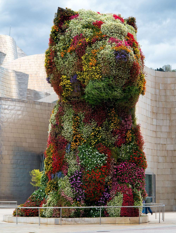 Manto de flores de Puppy, la gran mascota del Museo Guggenheim Bilbao