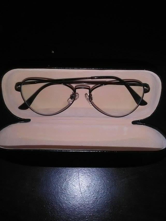 547d10e610b6d3 Je passe du temps sur l ordinateur ainsi que mon téléphone, j avais  vraiment besoin de lunettes de repos. Je porte habituellement mes lunettes  de vue la ...