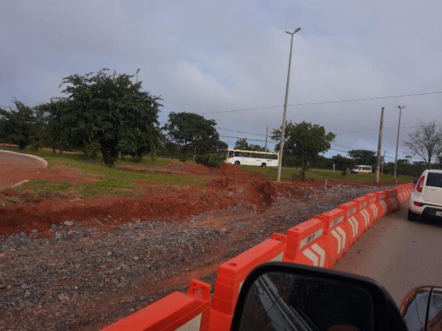 População reclama de demora nas obras de criação de nova faixa do Mangueiral