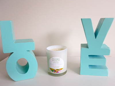 Hyams Beach Candles Review Coco Pine Candle