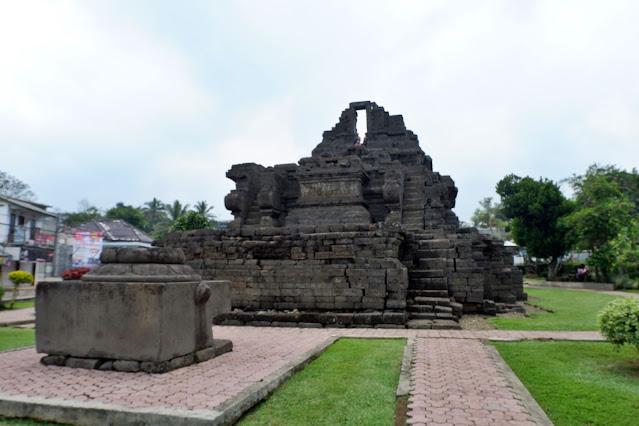 Candi Jago Malang