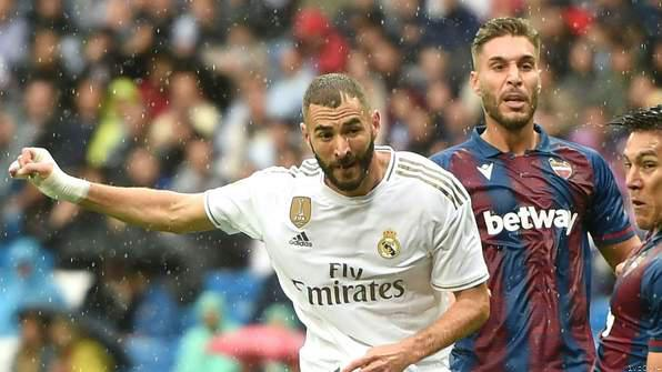 Highlight: Real Madrid Seal Nervy Win Over Levante