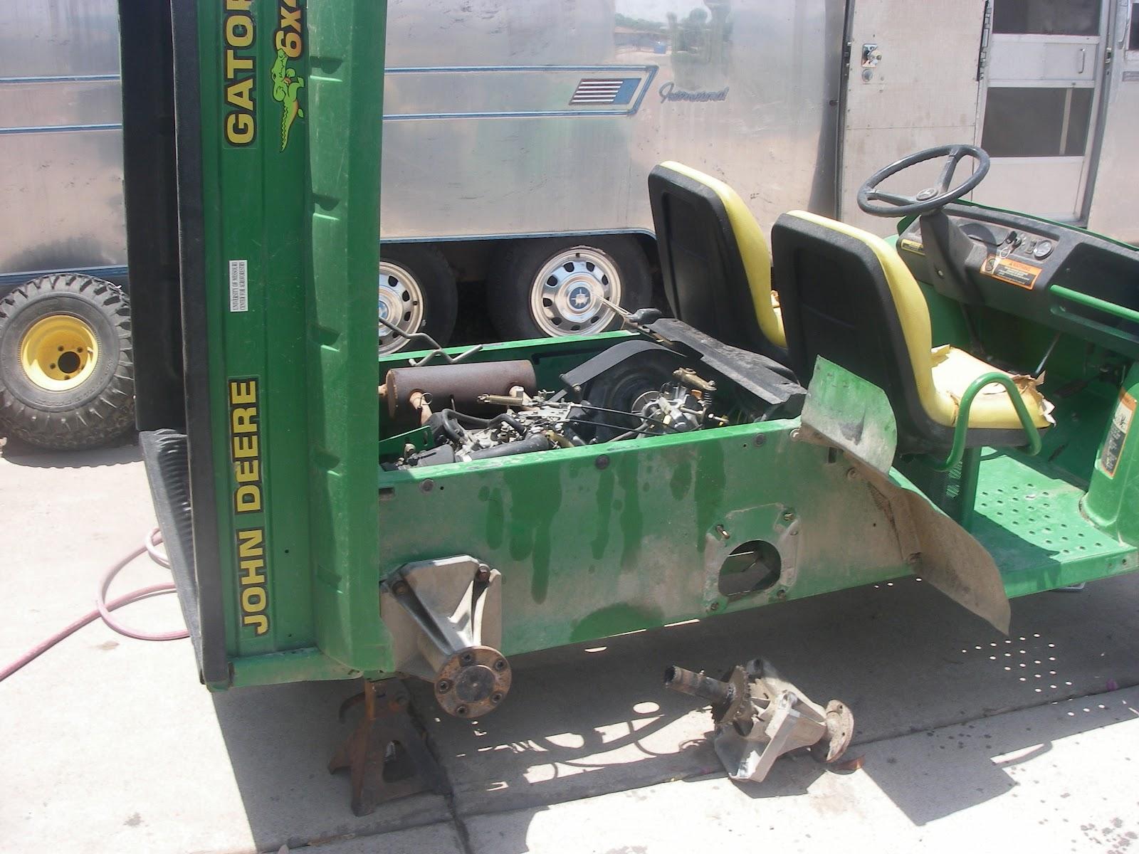 recykler john deere gator 6x4. Black Bedroom Furniture Sets. Home Design Ideas