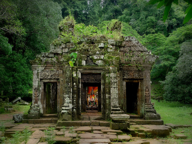 vat-phou-temples-laos
