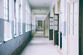 Sekolah Atau Homeschooling, Pilihan Sulit Para Orang Tua Siswa Di Masa Pandemi