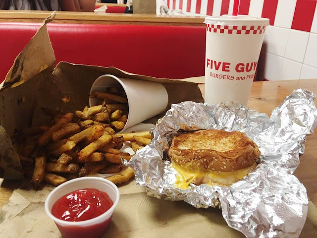 five guys oxford street restaurant food review