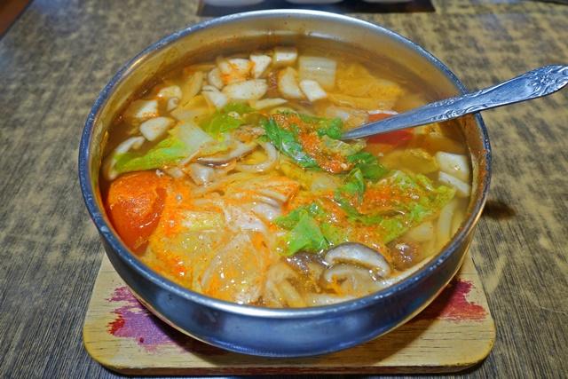 玉陶爾韓式料理~永和巷弄葷素韓式料理