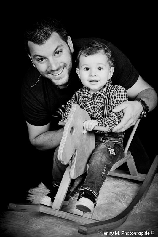 photo père fils en studio portrait famille