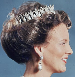 Tiara Mania: Danish Pearl Poiré Tiara worn by Queen Margrethe II of Denmark