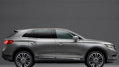 2016 Lincoln MKX SUV Crossover right side view