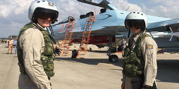 Έντονη ανησυχία: 40 ρωσικά πλοία σε θέσεις βολής στα σύνορα με Ουκρανία - Απέσυρε σχεδόν όλη την Αεροπορία από την Συρία η Μόσχα