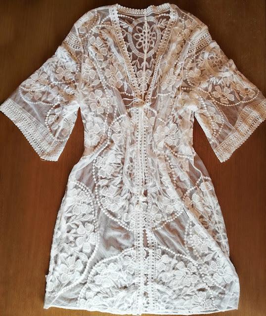 dresslily, review, recenzija, cover up, beach, plaža, kimono, tunika, badić, bathing suit, swim, swimming, ljeto, summer, lace, cute, vacation, embroidered