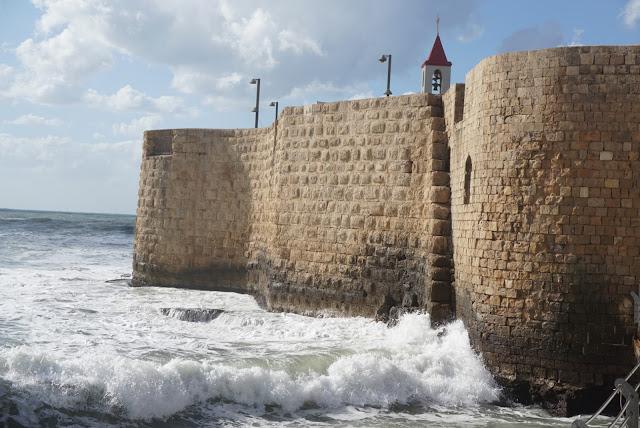 חומות העיר העתיקה בעכו
