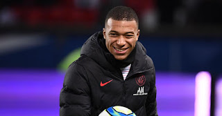 PSG place €300m price tag on Mbappe