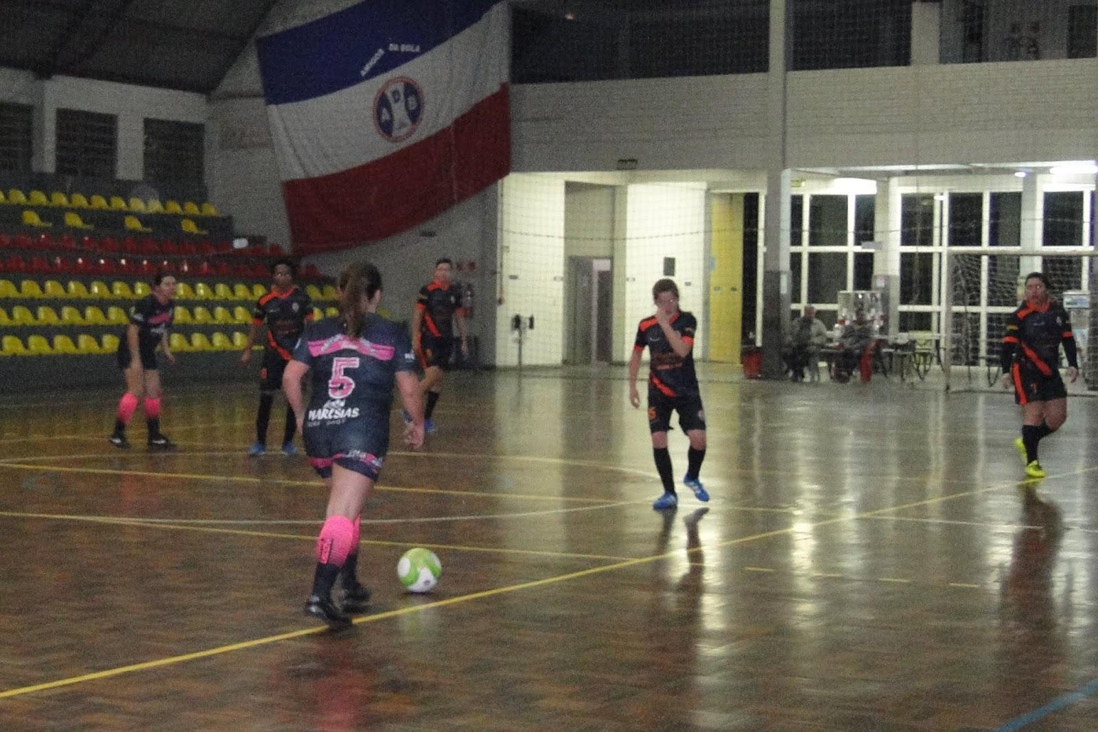 f2247c33b9 Esporte Campo Bom 2019  Futsal Feminino já tem três semifinalistas