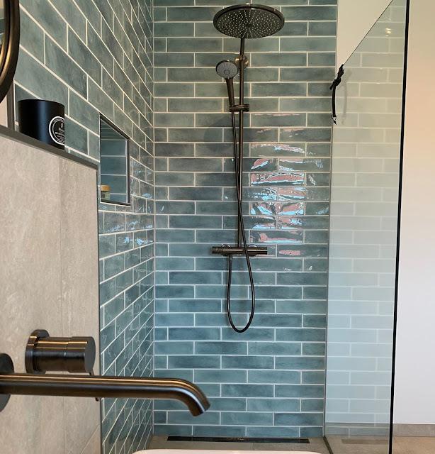 Shower Kamar Mandi Sederhana