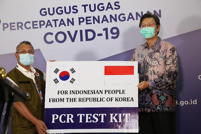 Korea Selatan Bantu PCR Berkapasitas 32.200 Tes Untuk Penanganan Covid-19 di Indonesia
