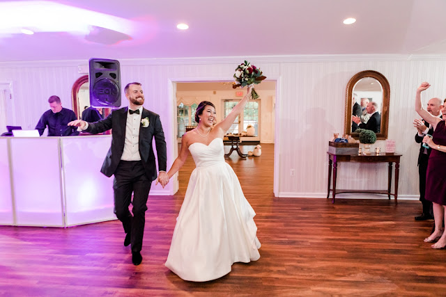 Antrim 1844 Wedding in Taneytown MD photographed by Maryland wedding photographer Heather Ryan Photography