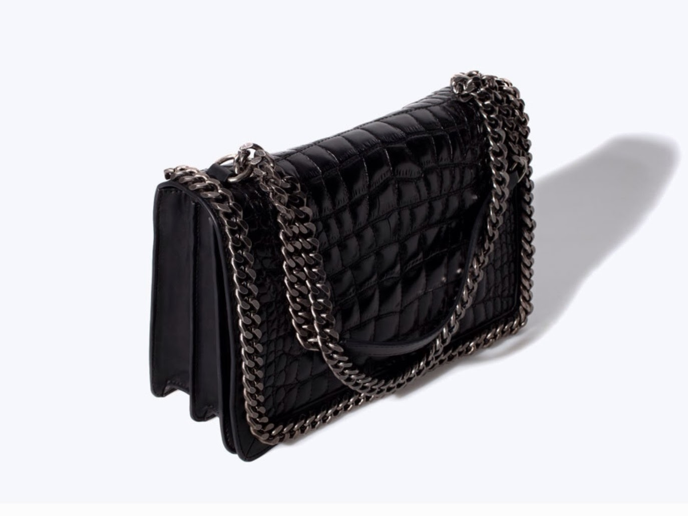 This Zara Bag Is Made From A Crocodile Pattern Leather Always Great Quality And The Chain Detailing Handle Again Have That