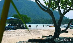 wisata bahari di wilayah pahawang dan teluk kiluan lampung