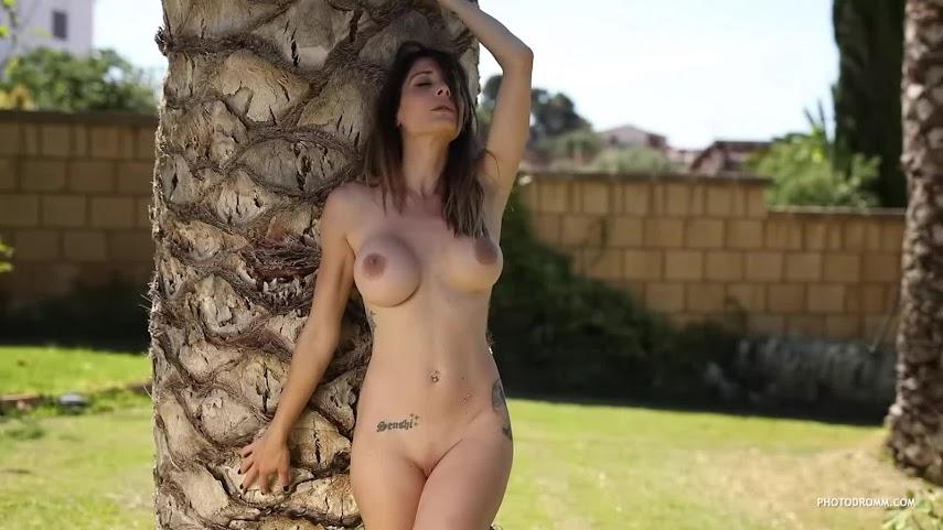 [PhotoDromm] Cyrelle - The Palms