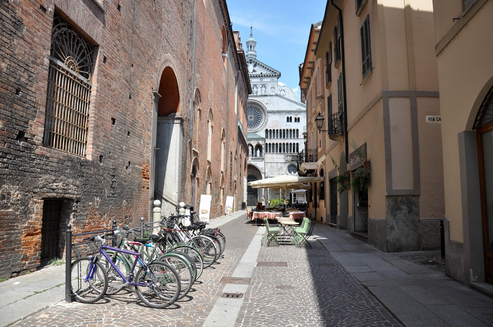 Approaching Duomo, Cremona, Italy