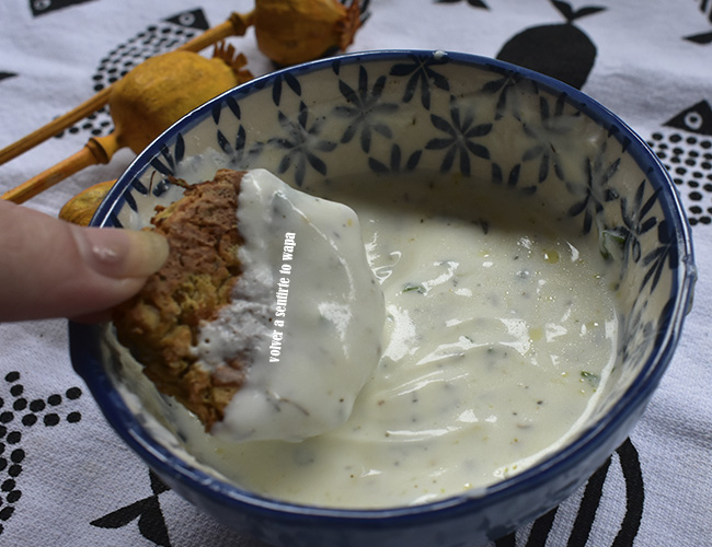Receta de falafel y salsa de yogur