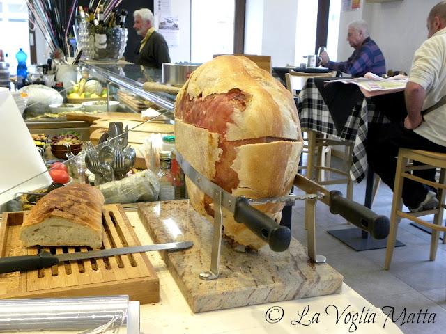 Pane, vino e San Daniele