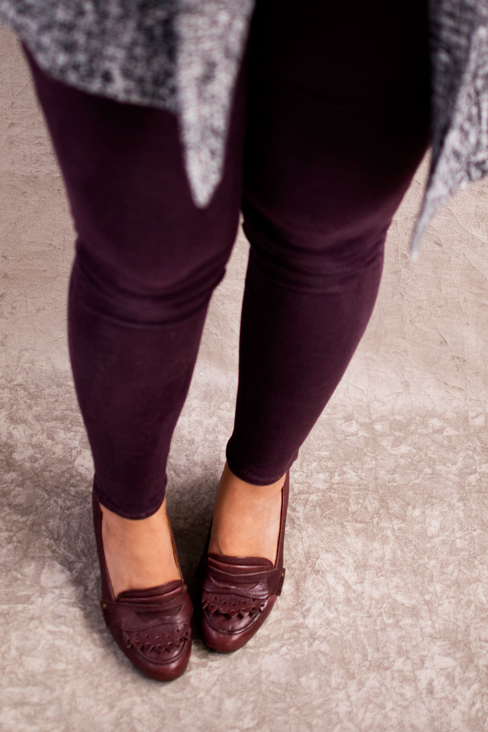 Burgundy loafer pumps