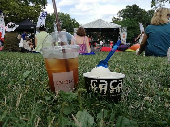 ledova kava, zmrzlina, cacao