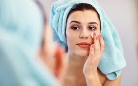 Comment bien choisir les crèmes de nuit pour avoir la peau parfaite