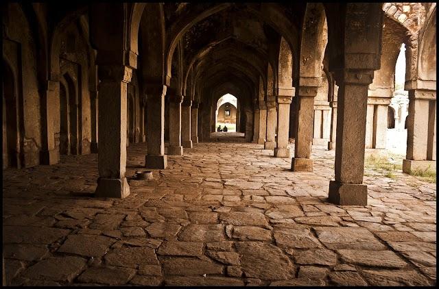 Imam Abu Laits : Tanda Takut Allah