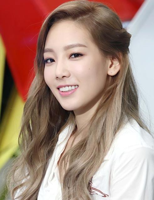 Wondrous Taeyeon Hairstyles And Hair Colors Korean Hairstyle Trends Short Hairstyles Gunalazisus