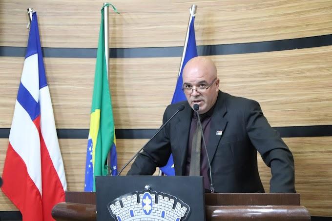 DEMANDAS ATENDIDAS   Osmário agradece atenção das secretarias de Serviços Públicos e Agricultura