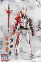 S.H. Figuarts Kamen Rider Saber Brave Dragon Box 05