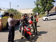 Sinergitas TNI-Polri ,Polsek Gringsing Bersama Koramil Melaksankan Operasi Yustisi