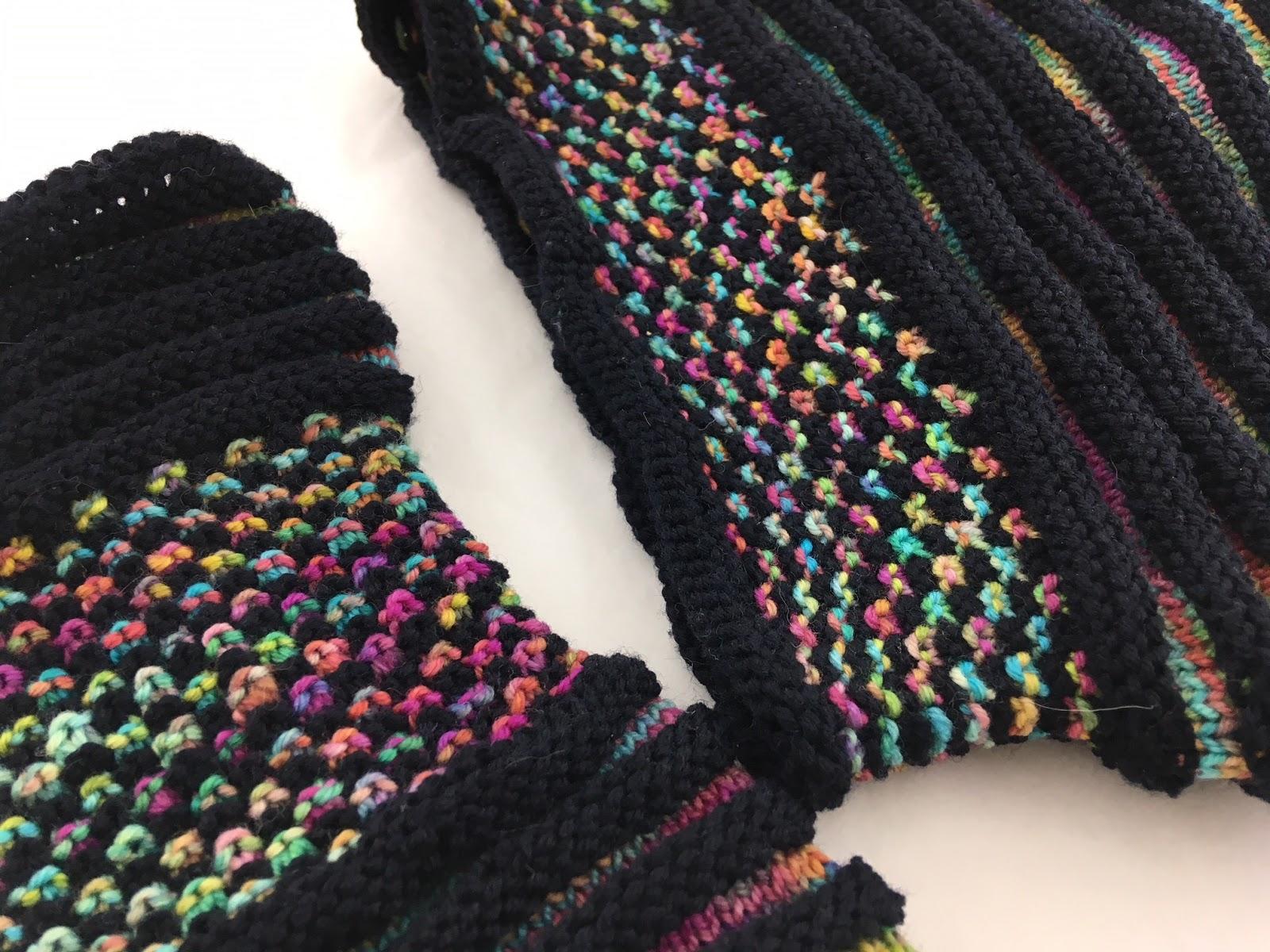 Dornröschenwolle: Weihnachtsgeschenke stricken - Handstulpen und Mütze.