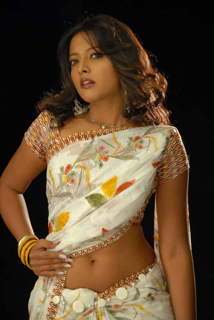Beautiful Actress Smitha Exclusive Saree Hot Pic Without