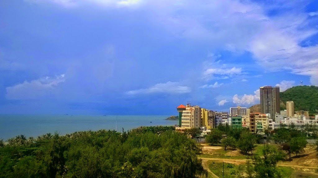 Vung Tau, a favorite beach of Southern people 20
