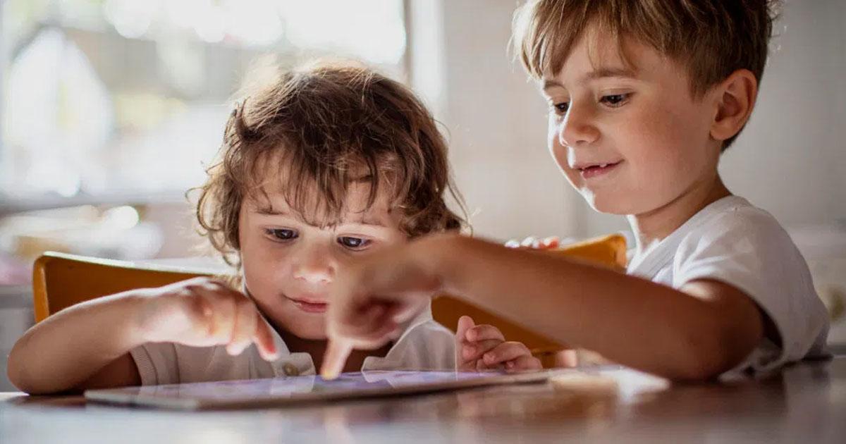 Kiểm soát thời gian trẻ tiếp xúc với các thiết bị điện tử