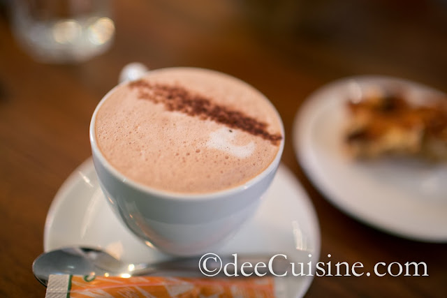 Petit Cafe Mocha at Le Cartet in Montreal