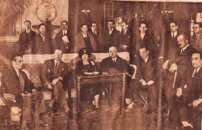 Alekhine con su esposa y Valentín Marín en Barcelona en 1935