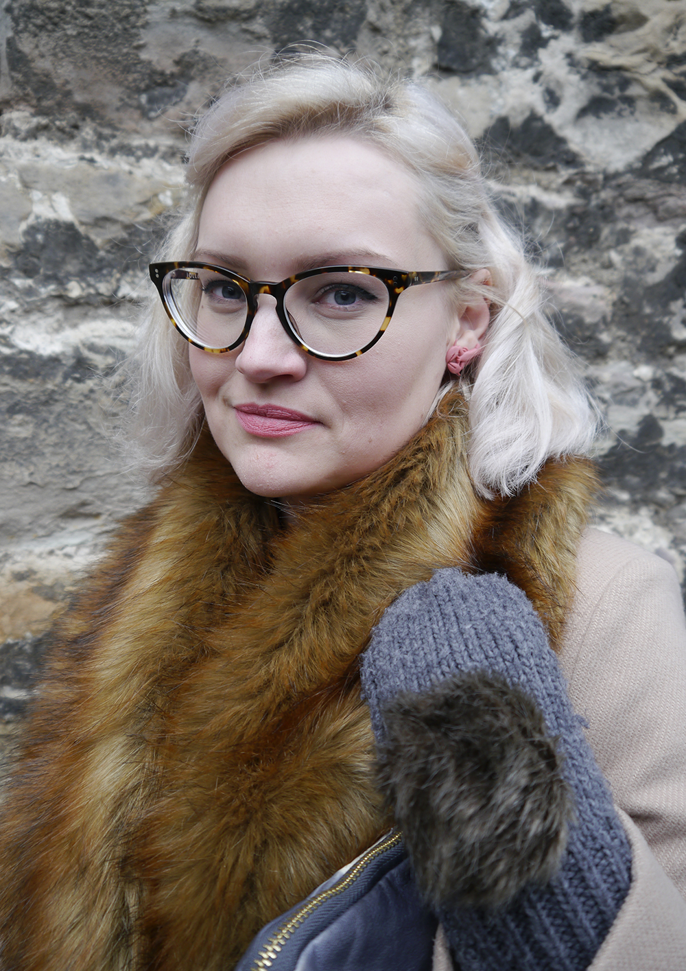 Edinburgh fashion blogger wearing IOLLA Muir frams and Lady Muck of Whitstable lobster earrings