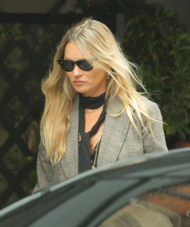 Kate Moss Clicked  Outside in London 3 Sep-2020