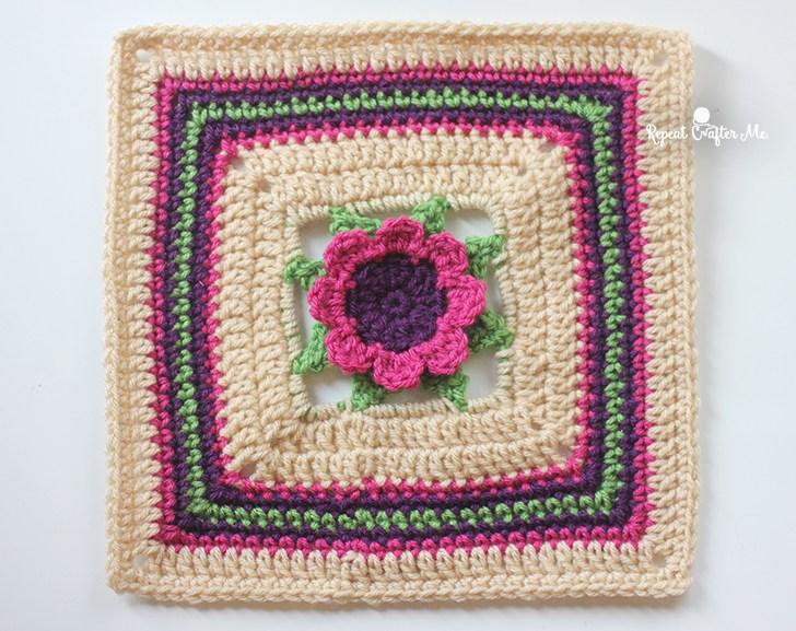 Free Crochet Patterns For Flower Squares : Fiber Flux: Fabulous Flower Squares! 12 Free Crochet ...